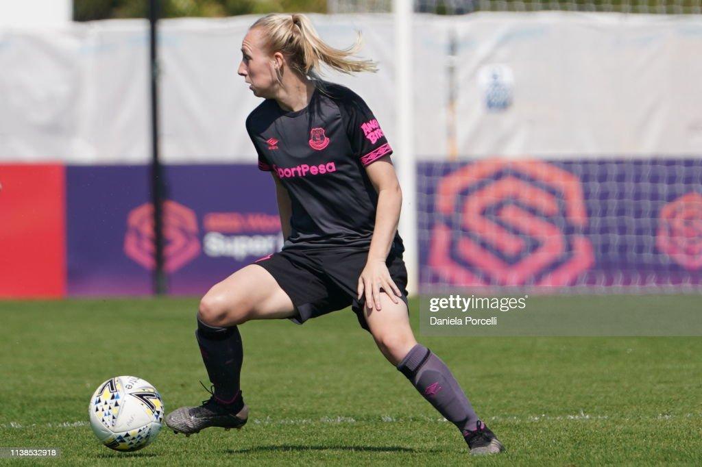 Arsenal v Everton Ladies - FA WSL : News Photo