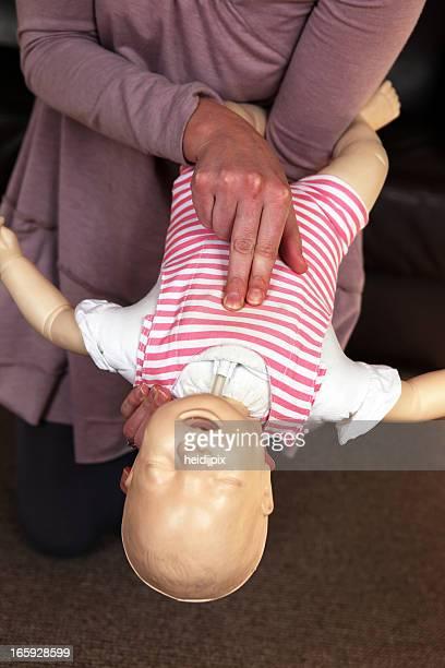Enfant S'étrangler entraînement