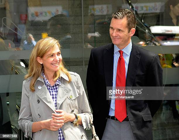 Infanta Cristina and husband Inaki Urdangarin visit her father King Juan Carlos I of Spain at the Hospital Clinic of Barcelona on May 10 2010 in...