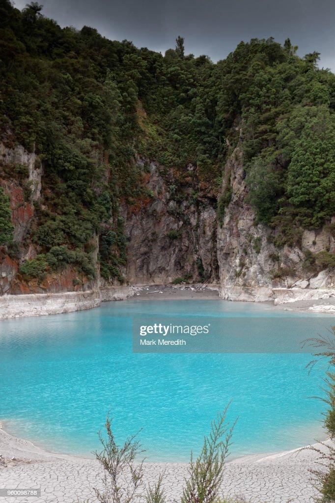 Inferno Crater at Waimangu Volcanic Valley : Stock-Foto
