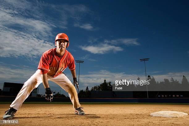 infielder by base - 野球選手 ストックフォトと画像