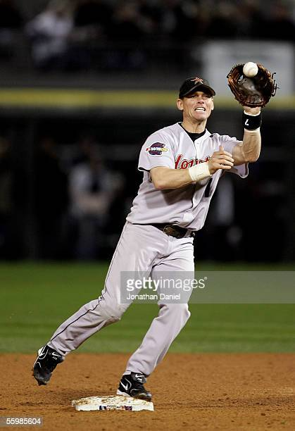 Infielder Craig Biggio of the Houston Astros catches a force out at second base to end the third inning against the Chicago White Sox during Game One...