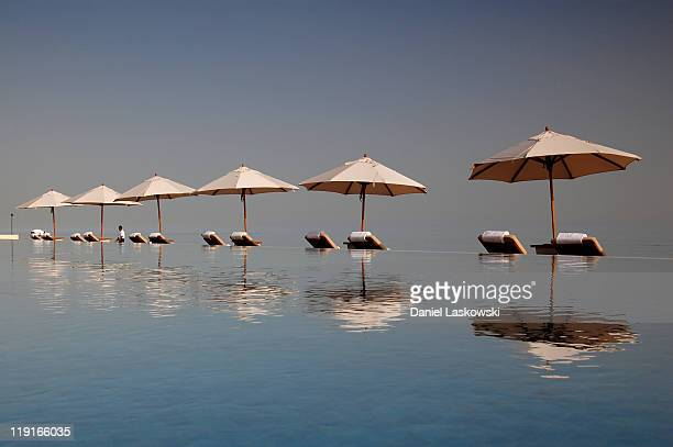 infinity pool - oman stock pictures, royalty-free photos & images