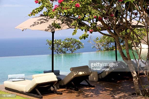 Infinity-Pool at a resort in Bali