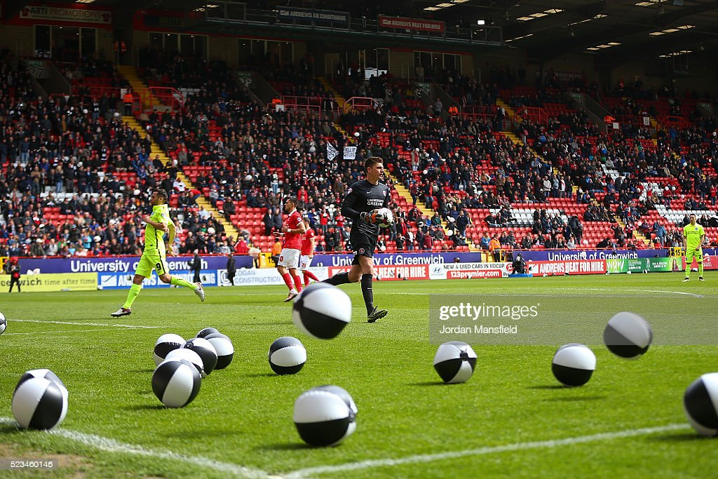 Charlton Athletic v Brighton and Hove Albion - Sky Bet Championship : News Photo