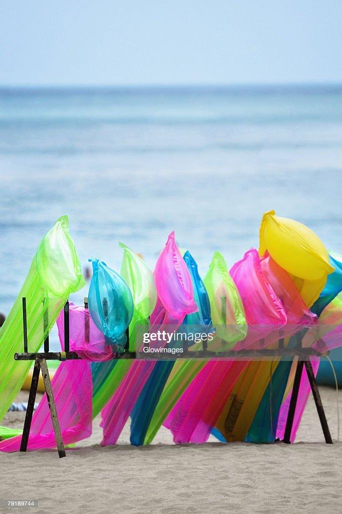 Inflatable rafts on the beach, Waikiki Beach, Honolulu, Oahu, Hawaii Islands, USA : Foto de stock