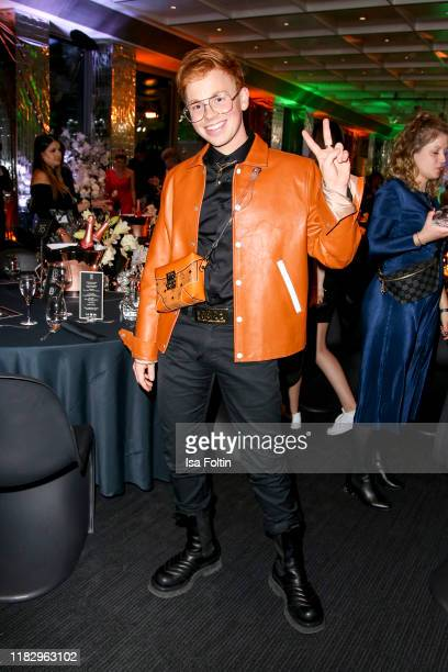Influencer Erik Scholz at the Place To B Awards at AxelSpringerHaus on November 16 2019 in Berlin Germany