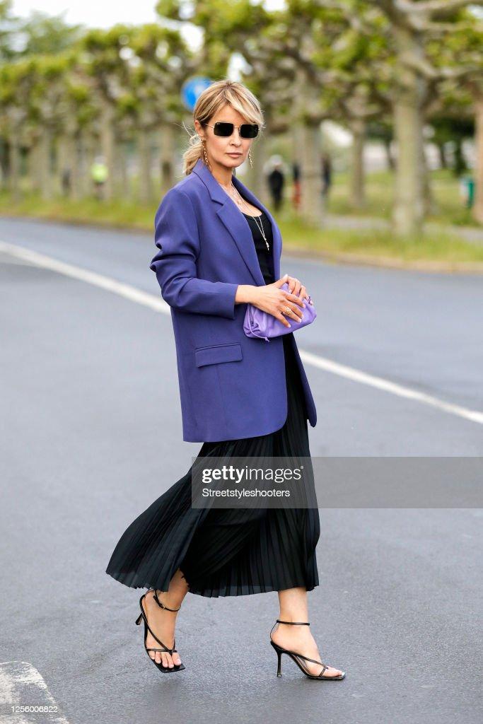 Street Style - Dusseldorf - July 13, 2020 : ニュース写真