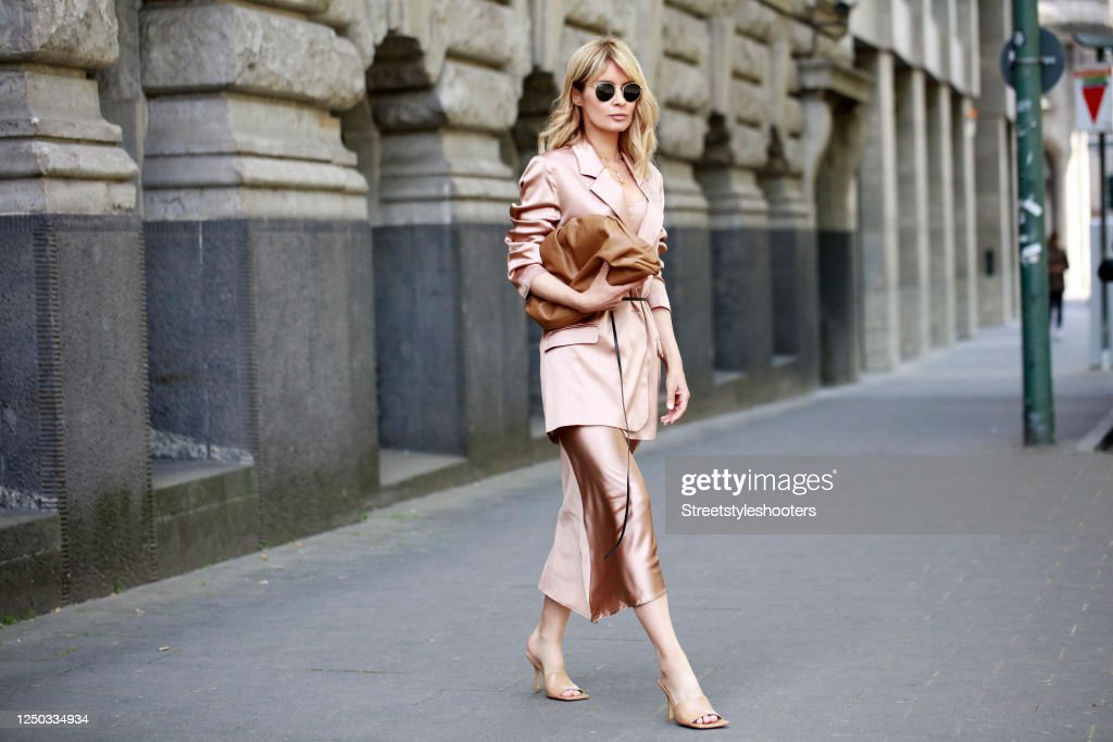 Street Style - Duesseldorf - May 19, 2020 : News Photo