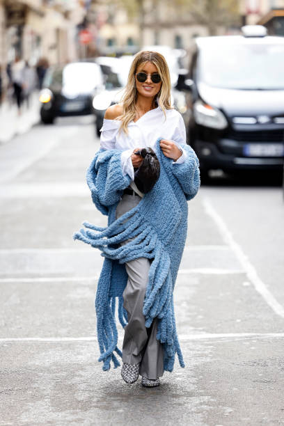 FRA: Street Style : Day Two -  Paris Fashion Week - Womenswear Spring Summer 2022