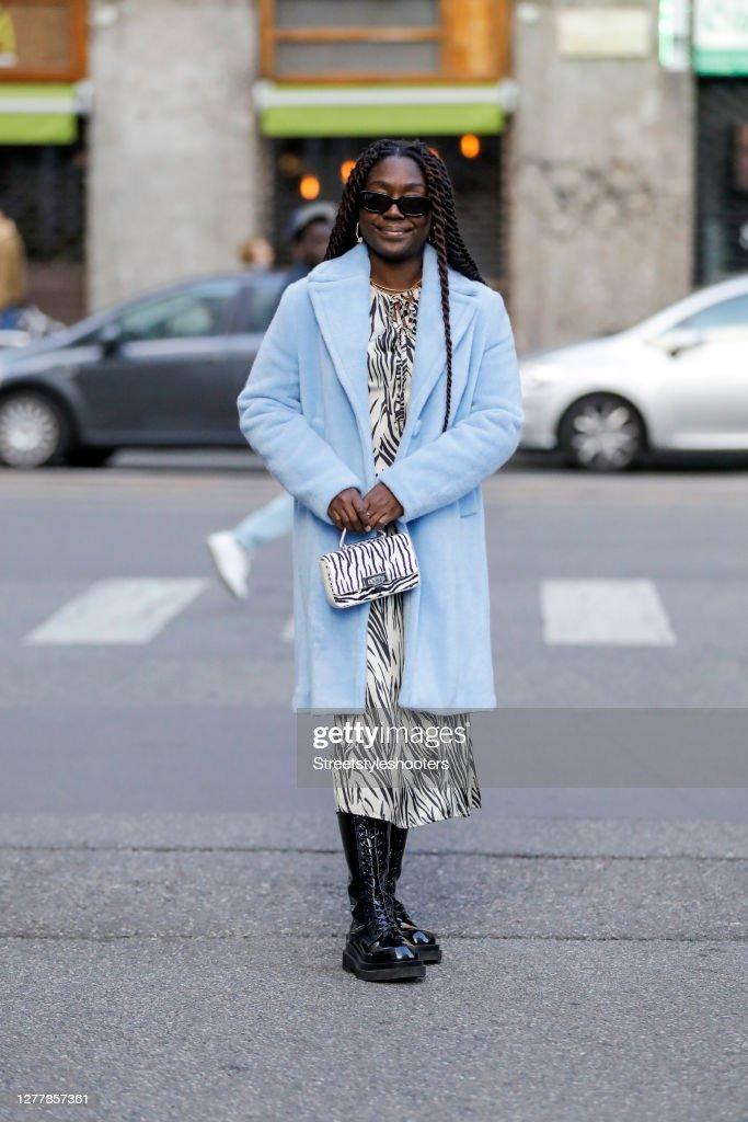 Street Style: September 28 - Milan Fashion Week Spring/Summer 2021 : Photo d'actualité