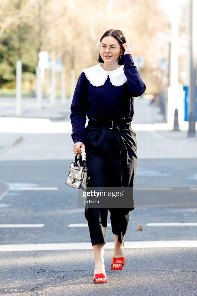 Street Style - Dusseldorf - March 20, 2020 : Photo d'actualité