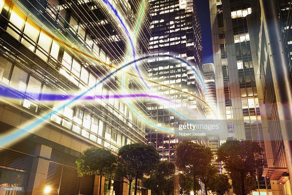 information moving through city scape : ストックフォト