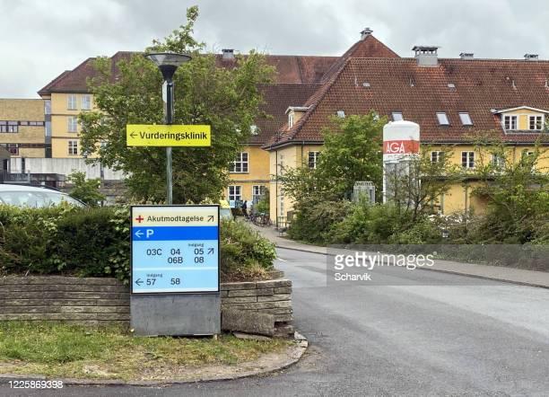 information sign at nordsjællands hospital, denmark - hillerod stock pictures, royalty-free photos & images