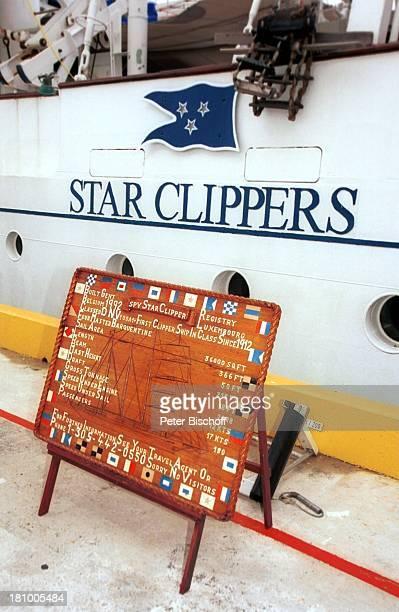 Informationsschild über die Daten der Star Clipper Reise Kreuzfahrt Cozumel/Mexico/Mittelamerika Hafen Bullauge