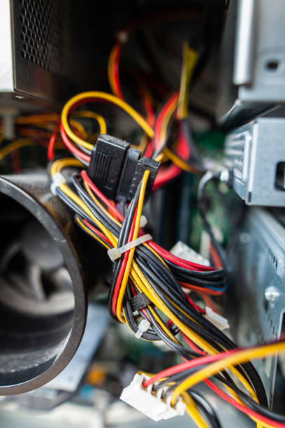 Informatique - Diverses pièces informatiques dans un ordinateur