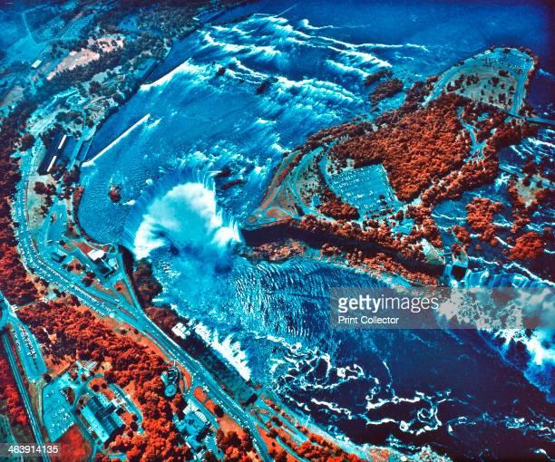 Infrared photograph of Niagara Falls taken from NASA Earth Survey 2 aircraft