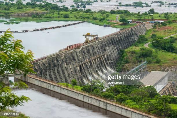 presas de inga, áfricas más grande hidroeléctrica, congo - zaire fotografías e imágenes de stock