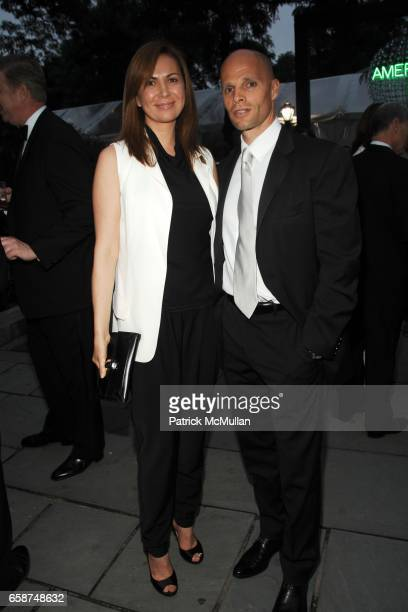 Inga Rubenstein and Keith Rubenstein attend the Wildlife Conservation Society's Central Park Zoo '09 Gala at the Central Park Zoo on June 10 2009 in...