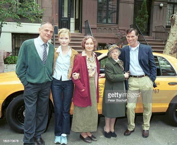 Inge Meysel Eleonore Weisgerber Benedict Freitag HansPeter Hallwachs Name folgt ZDFTVSpiel Die Liebenden vom Alexanderplatz USA New York Taxi Yellow...