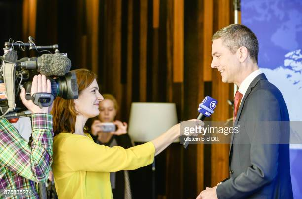 Ingo Zamperoni bislang WashingtonKorrespondent der ARD kehrt zurück Ab 24 Oktober moderiert er wieder die Tagesthemen