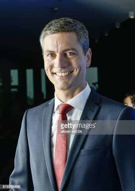 Ingo Zamperoni Ingo Zamperoni bislang WashingtonKorrespondent der ARD kehrt zurück Ab 24 Oktober moderiert er wieder die Tagesthemen