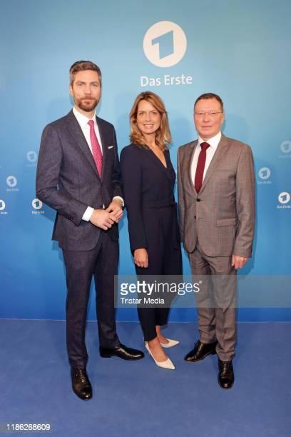 Ingo Zamperoni Jessy Wellmer and Volker Herres attend the Das Erste Annual Press Briefing on December 3 2019 in Hamburg Germany