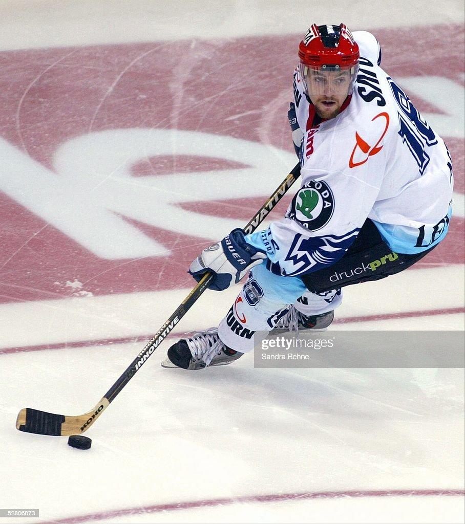 Wintersport/Eishockey: DEL 03/04 : News Photo