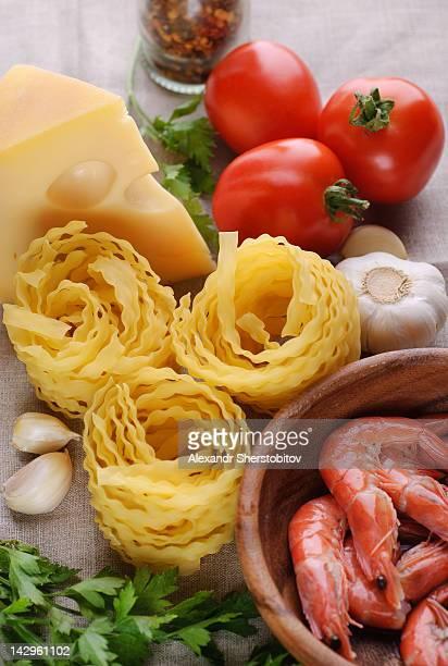 Ingredients for preparing pasta