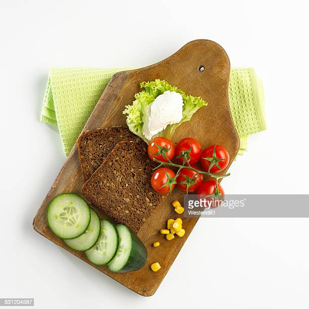 Ingredients for vegetarian wholemeal sandwich