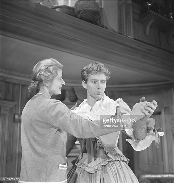 Ingrid Bergman and Jean Louis Philippe star in a 1957 stage production of Robert Anderson's play Tea and Sympathy
