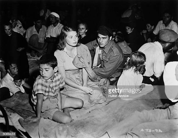 Ingrid Bergman and Mario Vitale play a Lithuanian refugee and her Italian husband in the RKO film 'Stromboli', directed by Roberto Rossellini.