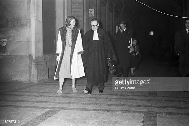 Ingrid Bergman And Roberto Rossellini At The Courthouse For The Custody Of Their Three Children France 19 janvier 1959 l'actrice suédoise Ingrid...