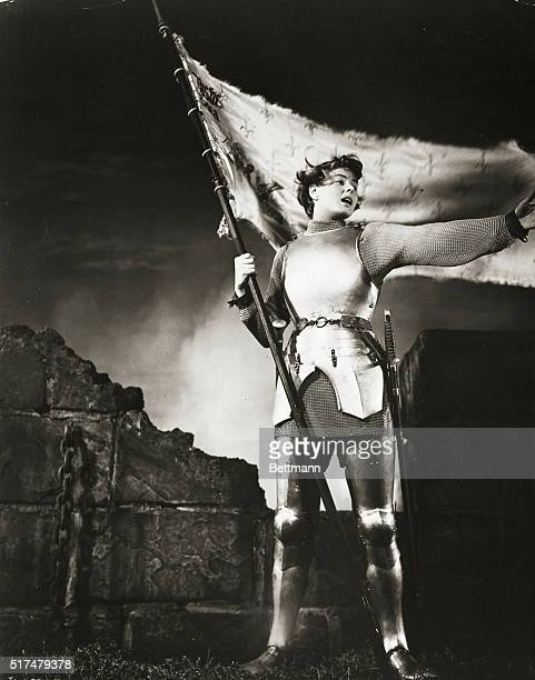 Ingrid Bergman stars in Joan of Arc with Jose Ferrer Francis L Sullivan J Carrol Naish Ward Bond Sheppard Strudwick Hurd Hatfield Gene Lockhart John...