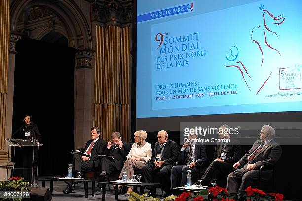 Ingrid Betancourt speaks in the presence of UN UnderSecretary General Alain Leroy 1998 Nobel Peace Prize recipient John Hume 1976 Nobel Peace Prize...
