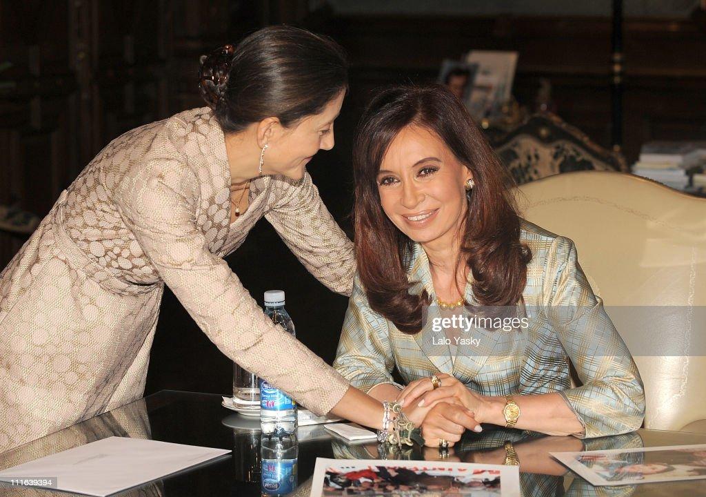 Ingrid Betancourt Meets With President Cristina Fernandez de Kirchner