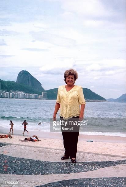 "Ingrid Kreuder , Urlaub, Strand ""Copacabana"", Rio de Janeiro, Brasilien, Küste, Meer, Südamerika, lächeln, MW/"