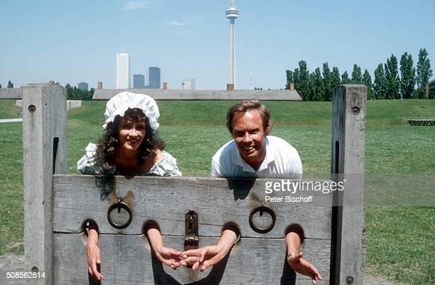 """""""Ingrid Peters, Peter Kraus, ZDF-Musikshow """"""""Hallo, Peter"""""""" - Folge """"""""Kanada"""""""" am in Toronto, Kanada. """""""