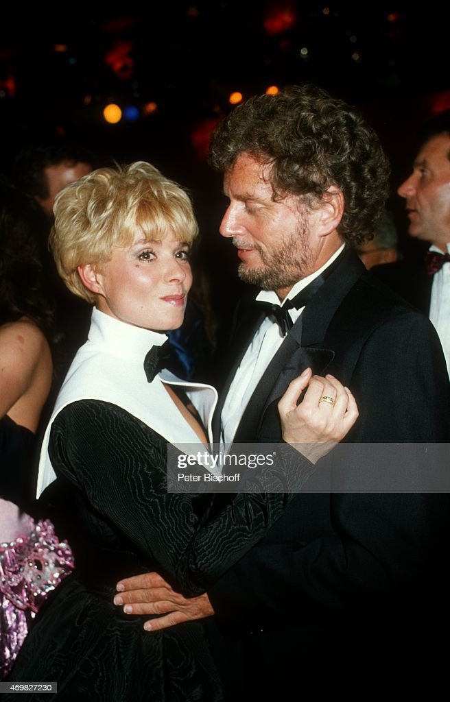Ingrid Steeger Freund Dr Dieter Wedel Deutscher Filmball 1988 News Photo Getty Images