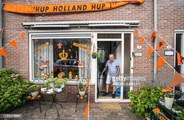 Inhabitants prepared their houses for the Euro 2020 football tournament in Utrecht, on June 10, 2021. - Netherlands OUT / Netherlands OUT /...