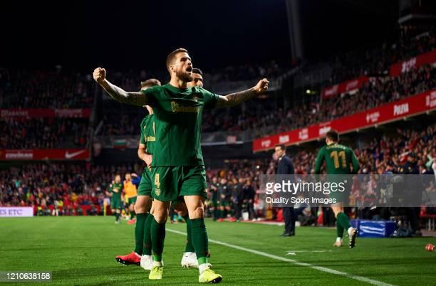 Inigo Martinez of Athletic Bilbao reacts during the Copa del Rey Semi Final second leg match between Granada CF and Athletic Club at Nuevo Los...