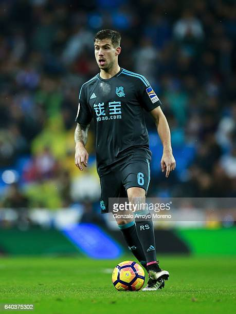 Inigo Martinez of Real Sociedad de Futbol controls the ball during the La Liga match between Real Madrid CF and Real Sociedad de Futbol at Estadio...