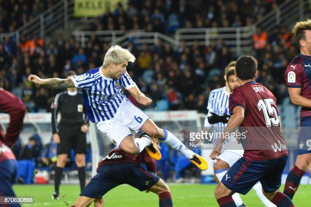 Inigo Martinez of Real Sociedad during the Spanish league football match between Real Sociedad and Eibar at the Anoeta Stadium on 5 November 2017 in...