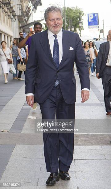 Inigo Mendez de Vigo attends the presentation of Simeon of Bulgaria's autobiography 'Simeon II de Bulgarie un destin singulier' at Casino de Madrid...
