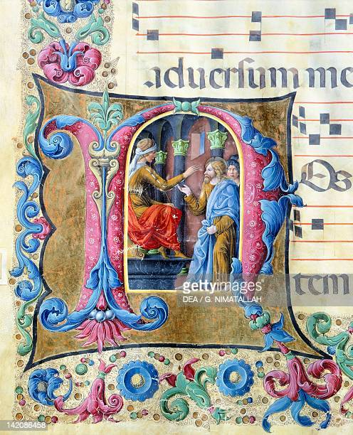 Initial capital letter with Jesus in front of Pontius Pilate miniature by Girolamo of Cremona and the Liberale of Verona from a gradual manuscript...