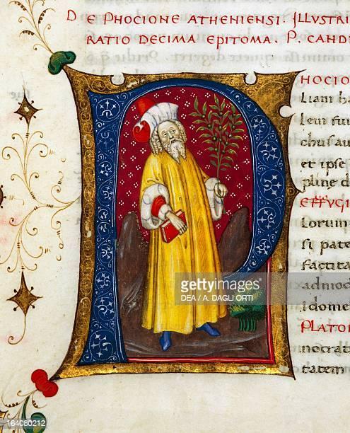 Initial letter P depicting Phocion miniature from In libris epitomatum illustriorum virorum Plutarchi by Pietro Candido Decembrio parchment...