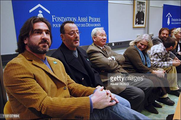 Initiation of the Committee of Friends and Sponsors of the Abbe Pierre Foundation in Paris France on March 16 2006 Eric Cantona Jean Reno Marie...