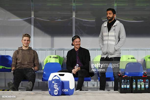 Injjured players Felix Platte Jan Rosenthal and team captain Aytac Sulu Of Darmstadt look on prior to the Bundesliga match between SV Darmstadt 98...