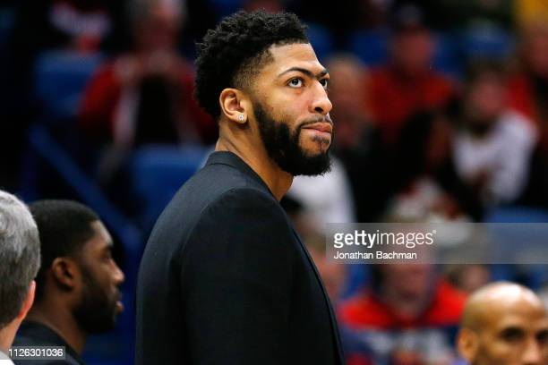 Injured Anthony Davis of the New Orleans Pelicans reacts during the first half against the Denver Nuggets at the Smoothie King Center on January 30...