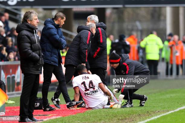 Injury of Alassane Plea of Nice during the Ligue 1 match between Stade Rennais and OGC Nice at Roazhon Park on February 12 2017 in Rennes France